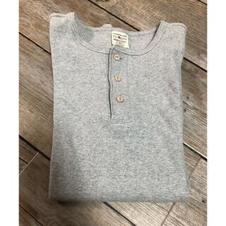 アヴィレックス(AVIREX)のAVIREX ヘンリーネック グレー(Tシャツ/カットソー(七分/長袖))