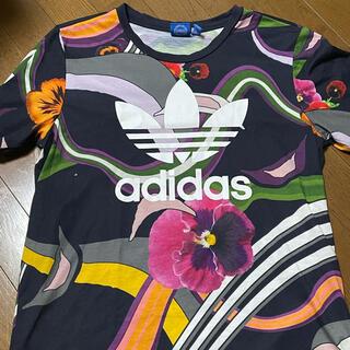adidas - 品薄adidas花柄Tシャツ