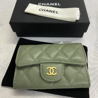 CHANEL - 入手困難 シャネル コインケース カード入れ 財布 緑