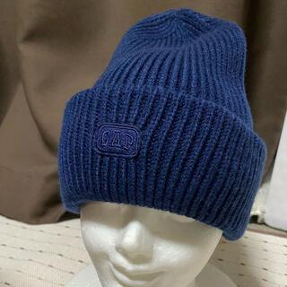 ギャップキッズ(GAP Kids)の新品未使用GAPキッズニット帽子ネイビー52センチから54センチ(帽子)