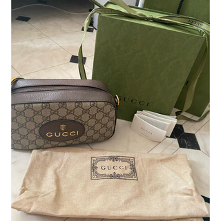 Gucci - 〔ネオ ヴィンテージ〕GGスプリーム メッセンジャーバッグ