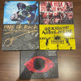 ワンオクロック(ONE OK ROCK)のONEOKROCK LIVE DVDBluRay+Anbitions初回盤(ミュージック)