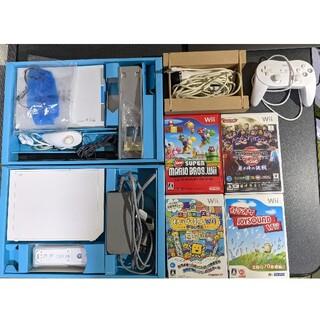 Wii - Wii本体一式 + マリオ + ウイイレ + カラオケ(マイク付き)
