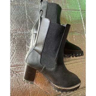 エイチアンドエム(H&M)のH&M  ブーツ(ブーツ)