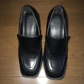 グレイル(GRL)のグレイル GRL スクエアトゥ厚底ボリュームローファー 猫足靴下3足のおまけ付き(ローファー/革靴)