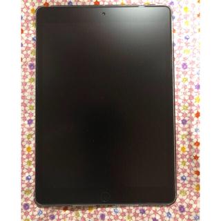 アイパッド(iPad)の【美品】iPad第8世代 ブラックwifi 128GB ※保証有(タブレット)
