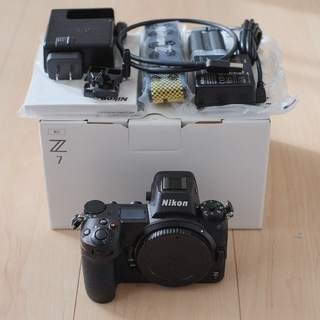 Nikon - ニコン NIKON Z7 ボディ