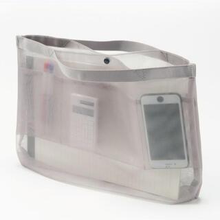 ムジルシリョウヒン(MUJI (無印良品))の◎美品 無印良品 バッグインバッグ メッシュ A4サイズ用 グレー◎(バッグ)