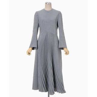 mame - 新品 ♡ mame マメ カーブプリーツ ドレス グレー size2