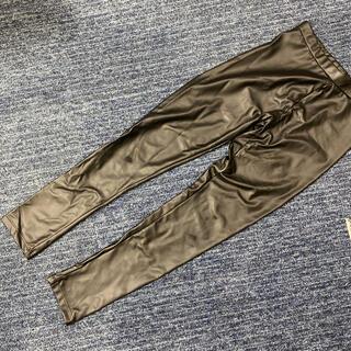 ザラキッズ(ZARA KIDS)のZARA パンツ レザー風 レギンス 黒 ブラック 140cm(パンツ/スパッツ)