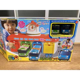 Tayo The Little Bus ちびっこバス タヨ バス車庫 遊びセット
