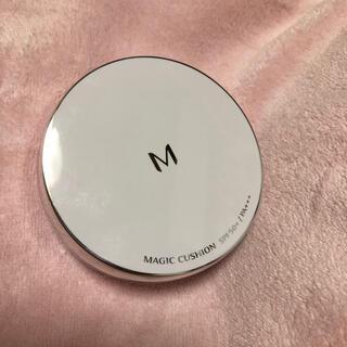 ミシャ(MISSHA)の♡MISSHA 新品パフ付き クッションファンデーション マット No.21♡(ファンデーション)