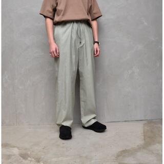 コモリ(COMOLI)のAURALEE20ssWASHED FINX TWILL WIDE PANTS(その他)