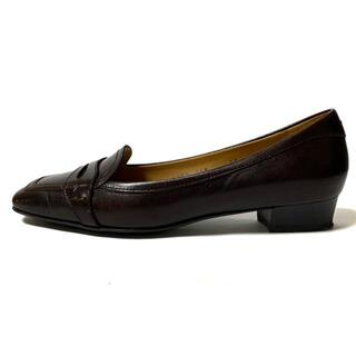 サルヴァトーレフェラガモ(Salvatore Ferragamo)のサルバトーレフェラガモ ローファー 6D -(ローファー/革靴)