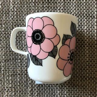 マリメッコ(marimekko)のレア! 廃番 完売 新品 マリメッコ ケスティト ピンク マグカップ(グラス/カップ)