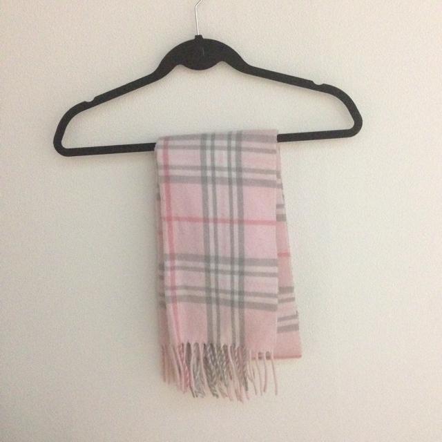 ピンクチェックマフラー レディースのファッション小物(マフラー/ショール)の商品写真