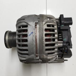 ボッシュ(BOSCH)のダイナモ  フォルクスワーゲン用  部品番号03C903023A(車種別パーツ)