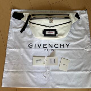 GIVENCHY - ジバンシーボディーバッグ