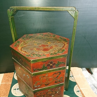 中国古美術木製、縁起物龍重箱(彫刻/オブジェ)