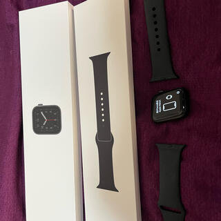Apple Watch - Apple Watch SE GPSモデル 40mmスペースグレイアルミニウム…