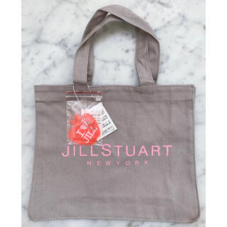 ジルスチュアート(JILLSTUART)の新品ジルスチュアート ニューヨーク バッグチャーム付トートバッグ♪(トートバッグ)
