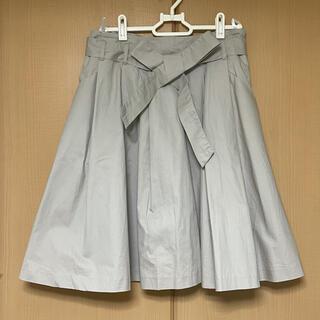 アーヴェヴェ(a.v.v)のa.v.v standard アー ヴェヴェ 膝丈 40 フレアスカート リボン(ひざ丈スカート)
