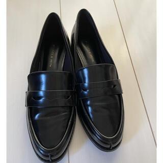 チャールズアンドキース(Charles and Keith)の[チャールズ&キース]シンプルローファー (ローファー/革靴)