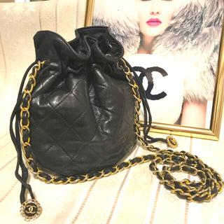 CHANEL - 可愛い ヴィンテージ CHANEL マトラッセ 巾着型ショルダーバッグ