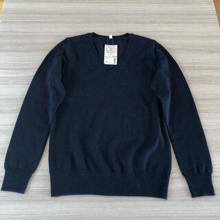 ムジルシリョウヒン(MUJI (無印良品))の無印良品 カシミヤ Vネックセーター ダークネイビー サイズS  新品タグ付き(ニット/セーター)
