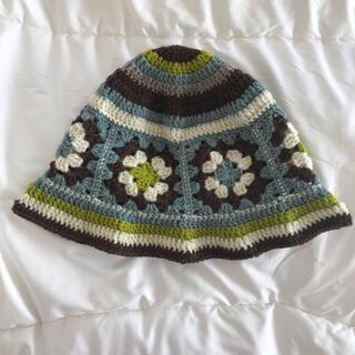グリモワール(Grimoire)のハンドメイド グラニースクエア バケットハット ブルー×ピスタチオグリーン(帽子)