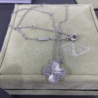 ヴァンクリーフアンドアーペル(Van Cleef & Arpels)のヴァン クリーフ&アーペル ネックレス ホワイトゴールド ダイヤモンド(ネックレス)