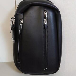 トゥミ(TUMI)の【美品】TUMI ワンショルダーバック ボディバック 955010D2(ショルダーバッグ)