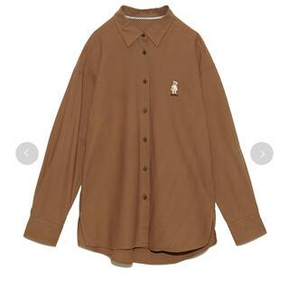 リリーブラウン(Lily Brown)のリリーブラウン LilyBear刺繍シャツ(シャツ/ブラウス(長袖/七分))