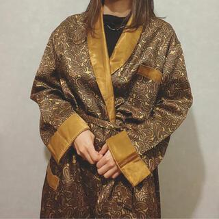アートヴィンテージ(ART VINTAGE)の古着屋 vintage レトロ ペイズリー ガウン 羽織(ロングコート)