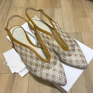 マメ(mame)のマメクロゴウチ mame kurogouchi 靴 (サンダル)