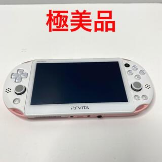 プレイステーションヴィータ(PlayStation Vita)のSONY psvita 本体 PCH-2000 ZA19 ライトピンク(携帯用ゲーム機本体)