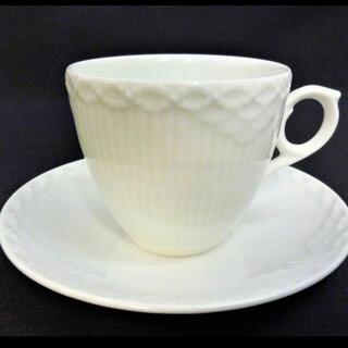 ロイヤルコペンハーゲン(ROYAL COPENHAGEN)のロイヤルコペンハーゲン ホワイトフルーテッド カップ&ソーサー (食器)