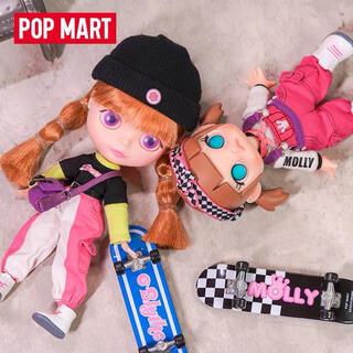 POPMART Molly Blythe スライディングフィギュア ブライスのみ(人形)
