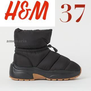 エイチアンドエム(H&M)の【新品/未着用】H&M パデッドスニーカーブーツ キルティングスニーカー(ブーツ)