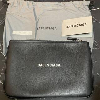 バレンシアガ(Balenciaga)のバレンシアガ エブリデイ M ポーチ ノワールブラック(セカンドバッグ/クラッチバッグ)
