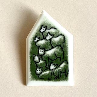 ARABIA - 羊の陶板 ブローチ アラビア ヘルヤ Arabia