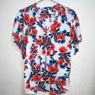 グローバルワーク(GLOBAL WORK)の花柄ブラウス(Tシャツ(半袖/袖なし))