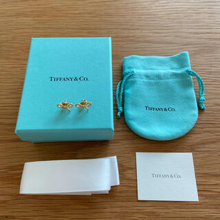 Tiffany & Co. - ティファニー リボンピアス ボウピアス