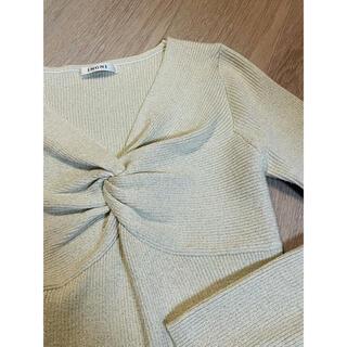 イング(INGNI)のニット長袖セーター 程よく体にフィットし着心地も良 超美品♪(ニット/セーター)
