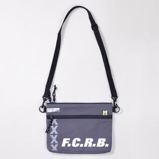 エフシーアールビー(F.C.R.B.)のF.C.Real Bristol【SACOCHE BAG】(ショルダーバッグ)