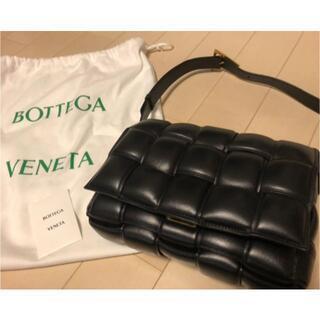 Bottega Veneta - ボッテガヴェネタ パデッドカセット ブラック ゴールド