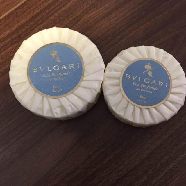 BVLGARI(ブルガリ)のBVLGARI♡ブルガリ オ・パフメ オーテブルー ソープ 75g&50g コスメ/美容のボディケア(ボディソープ / 石鹸)の商品写真