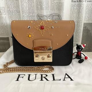 Furla - 新作  FURLA メトロポリス スタッツ ショルダーバッグ  ブラック