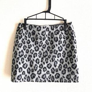ビューティアンドユースユナイテッドアローズ(BEAUTY&YOUTH UNITED ARROWS)の秋冬レオパードスカート BEAUTY&YOUTH Sサイズ(ひざ丈スカート)