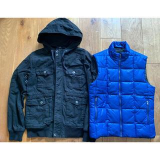 エイチアンドエム(H&M)のM メンズ H&M 黒コットンジャケット&ブルー中綿ダウンベストS170 88A(ダウンベスト)